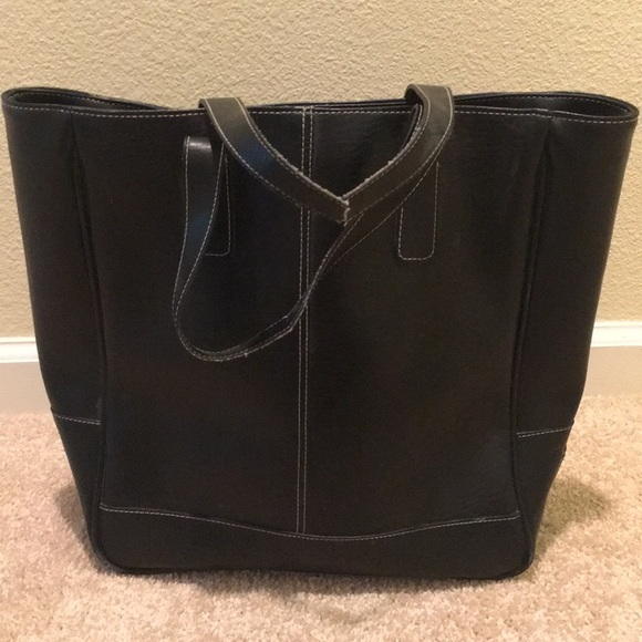 d9336c11d0d Large black Coach tote bag.
